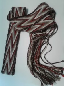 finger weaving